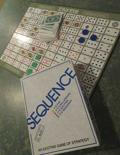 how to play sequence card game